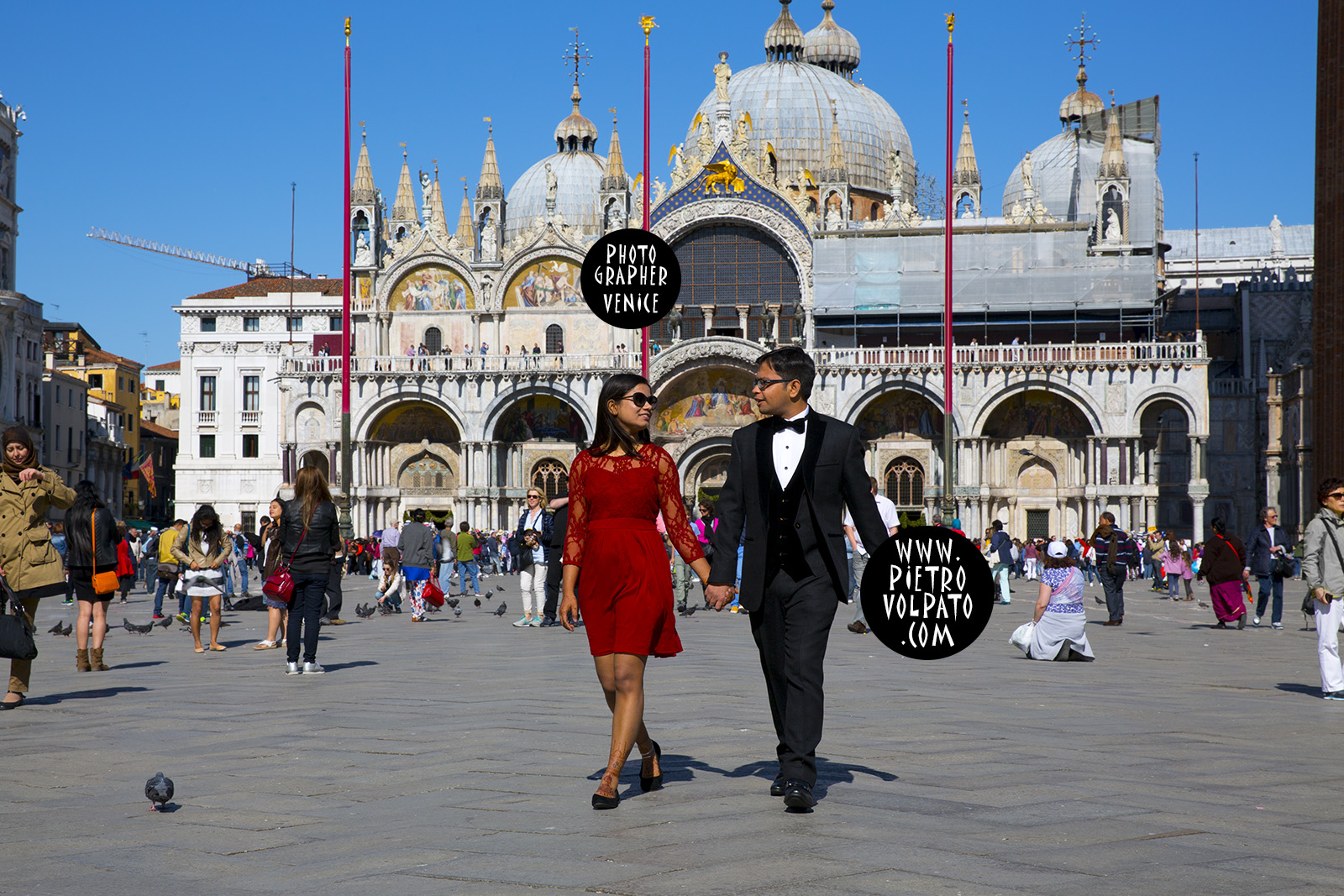 pietro volpato professional photographer in venice italy provides a honeymoon photoshoot during a romantic walk - pictures about having good time