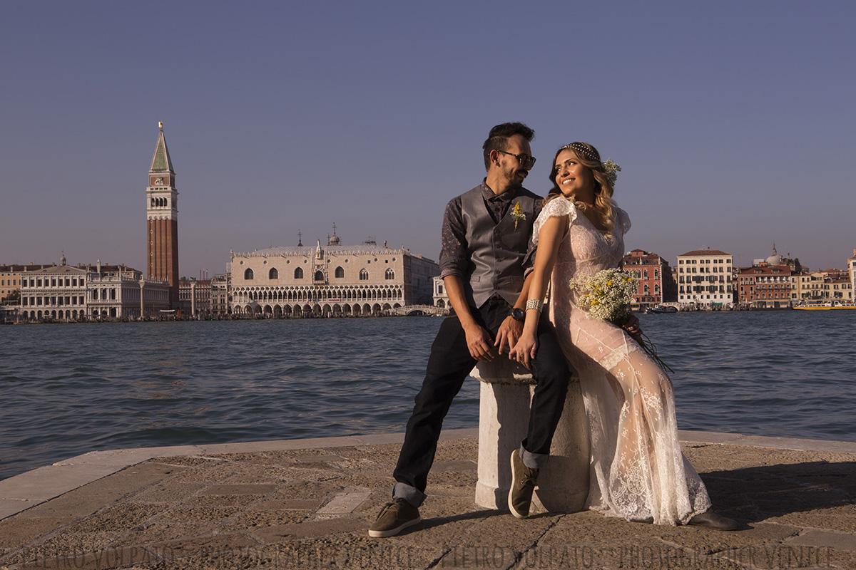 fotografo venezia servizio foto coppia romantica