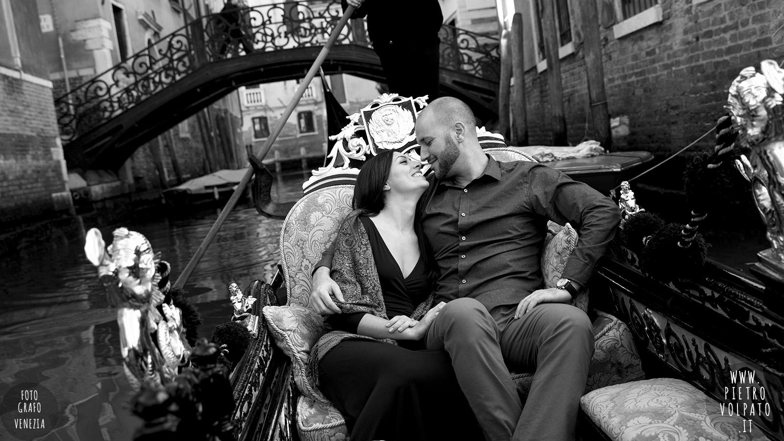 Venezia fotografo per servizio foto innamorati