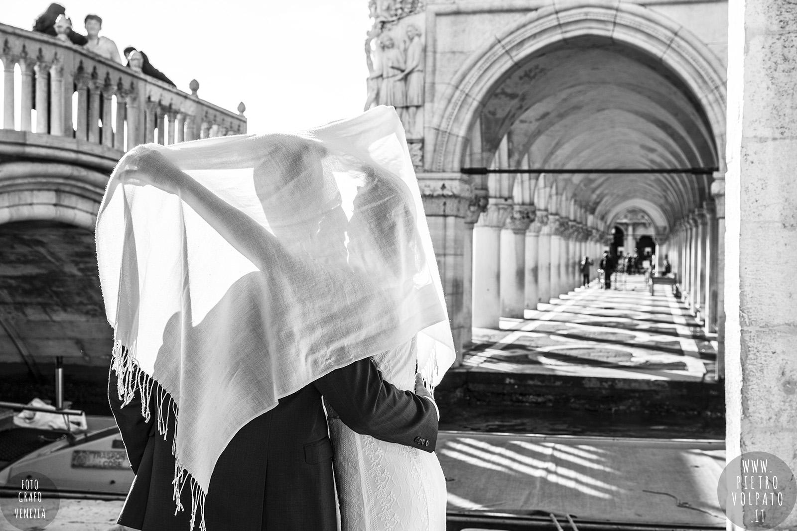 fotografo venezia servizio foto sposi luna di miele coppia vacanza viaggio di nozze