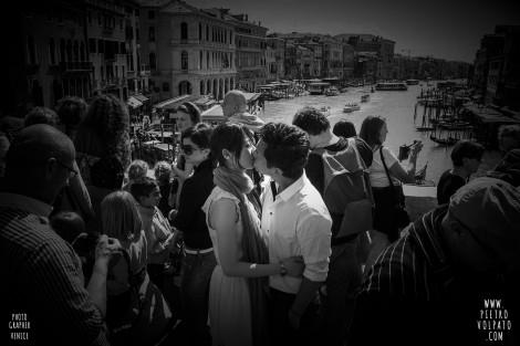 VENEZIA SERVIZIO FOTO PASSEGGIATA ROMANTICA