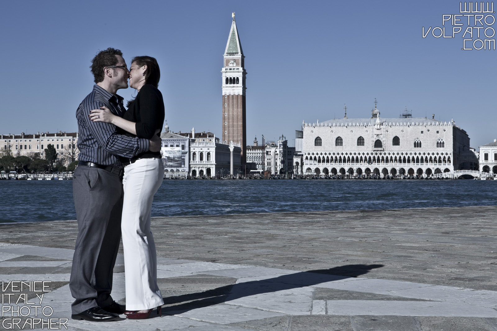 Photographer in Venice Italy for engagement photo shoot and tour for couple on vacation ~ Romantic and fun Venice photo walk