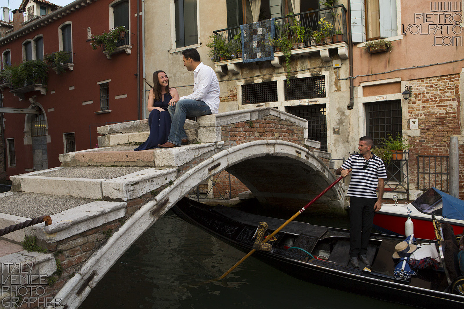 Photographer in Venice Italy for a vacation photo shoot during a walking tour and gondola ride - romantic and fun couple photo walk in Venice
