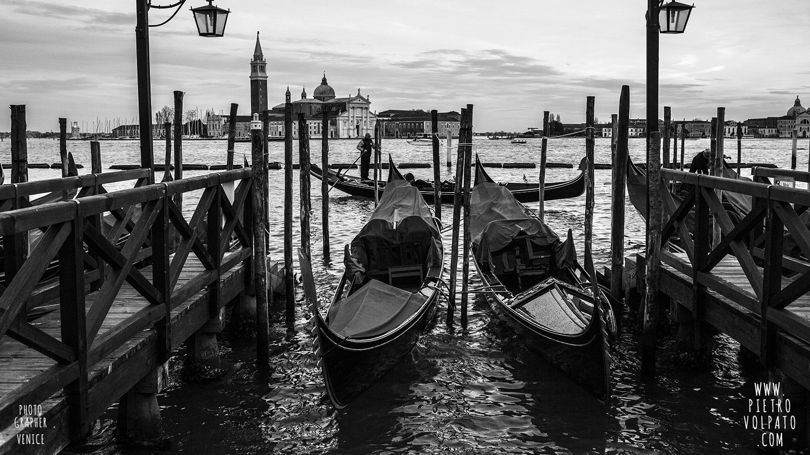 photographer-venice-photography-workshop-tour-private-photo-walk-exploring-learning-20160302_09
