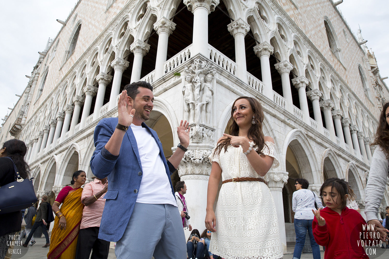photographer-in-venice-for-couple-pre-wedding-photoshoot-romantic-vacation-tour-pictures-20160524_04