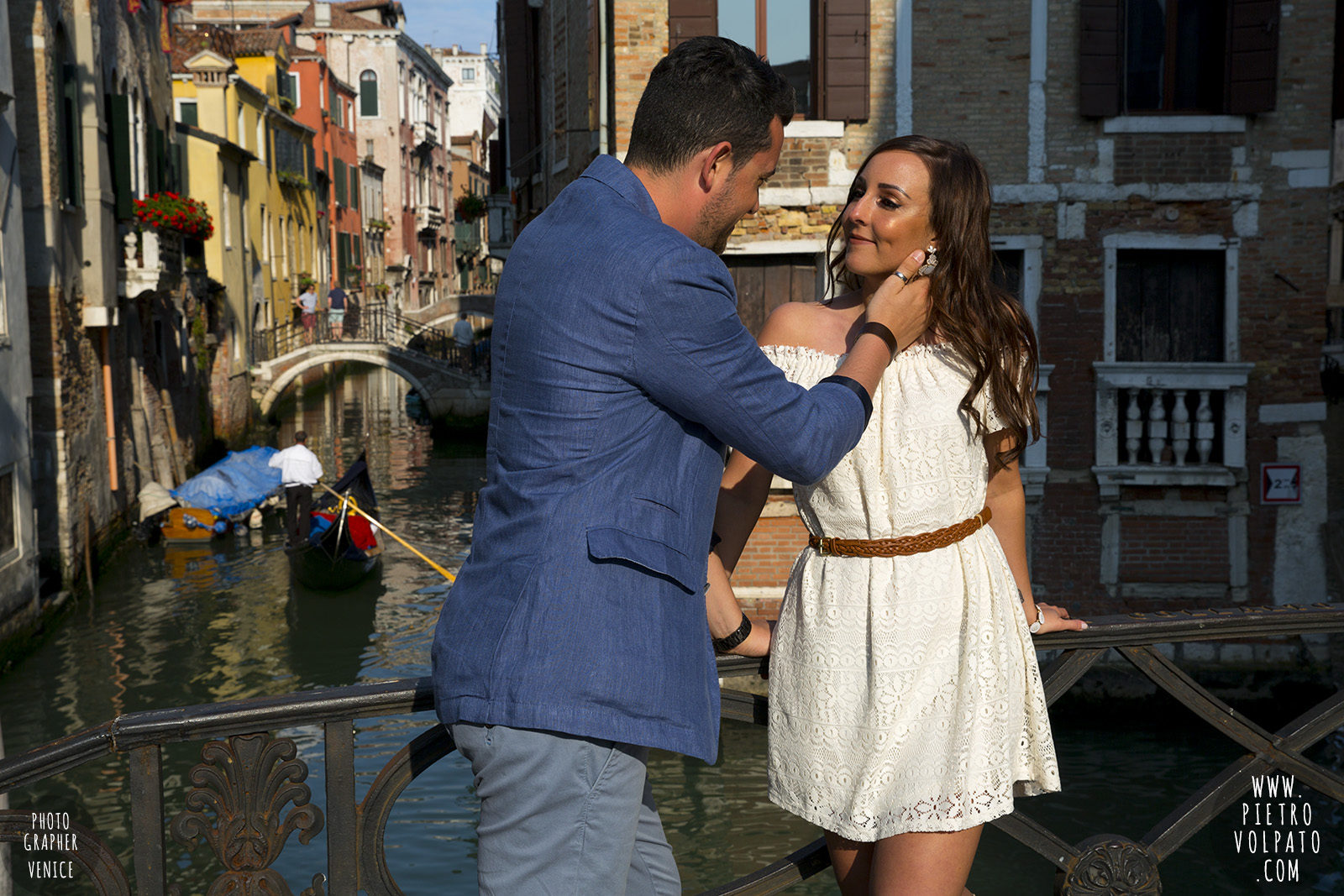 photographer-in-venice-for-couple-pre-wedding-photoshoot-romantic-vacation-tour-pictures-20160524_09