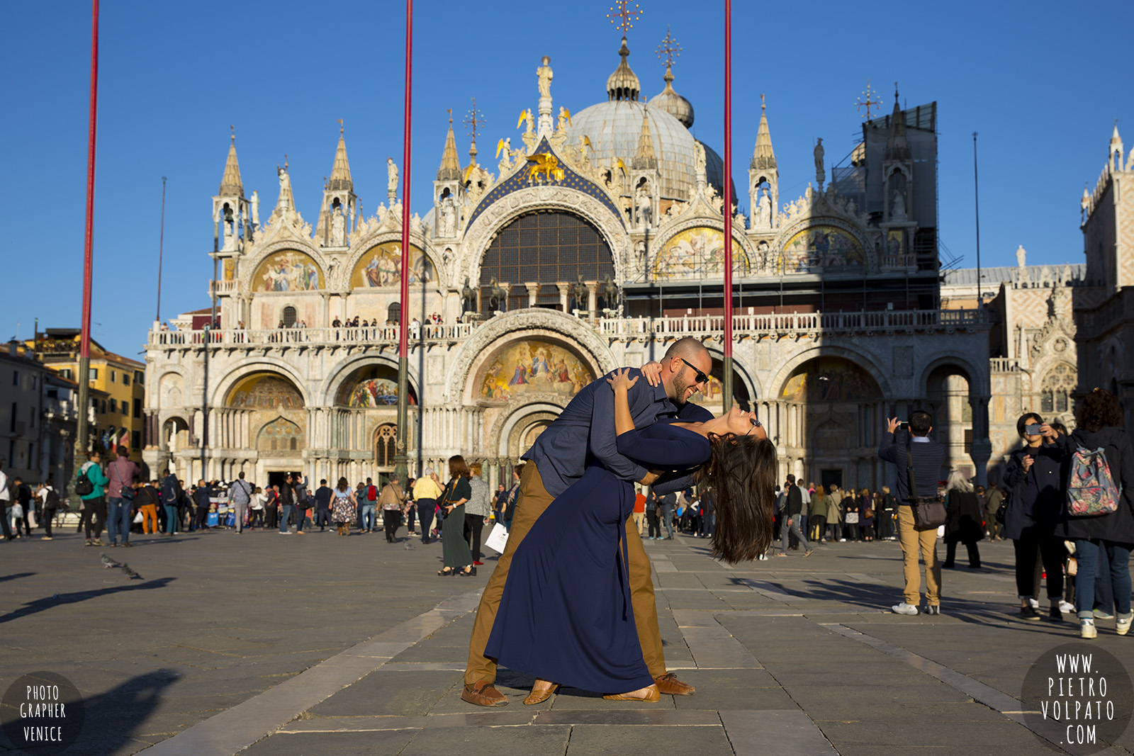 Venice engagement photographer ~ Couple photo shoot in Venice