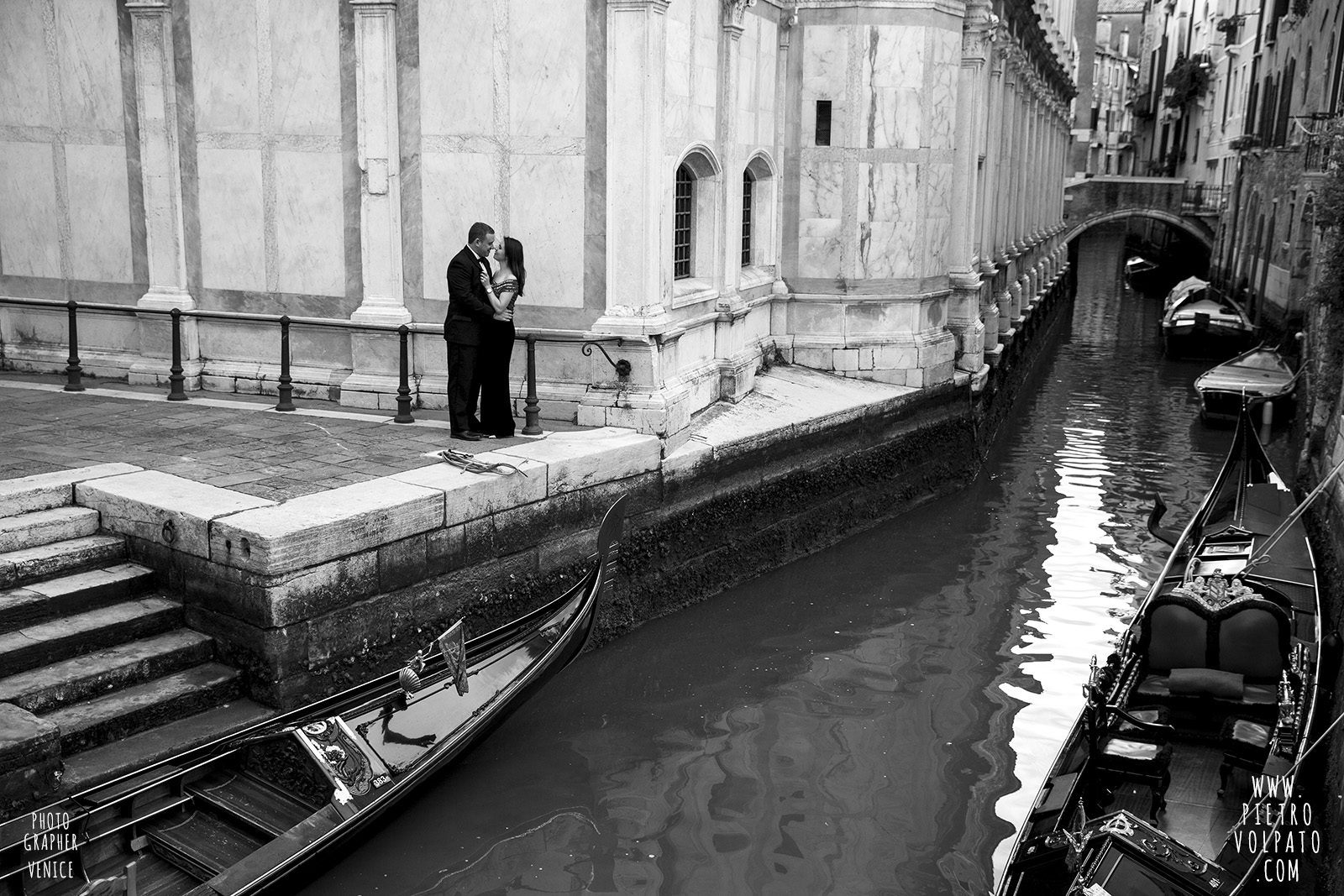 pre-wedding-love-story-photoshoot-in-venice-italy-photographer-pietro-volpato-20161229_07