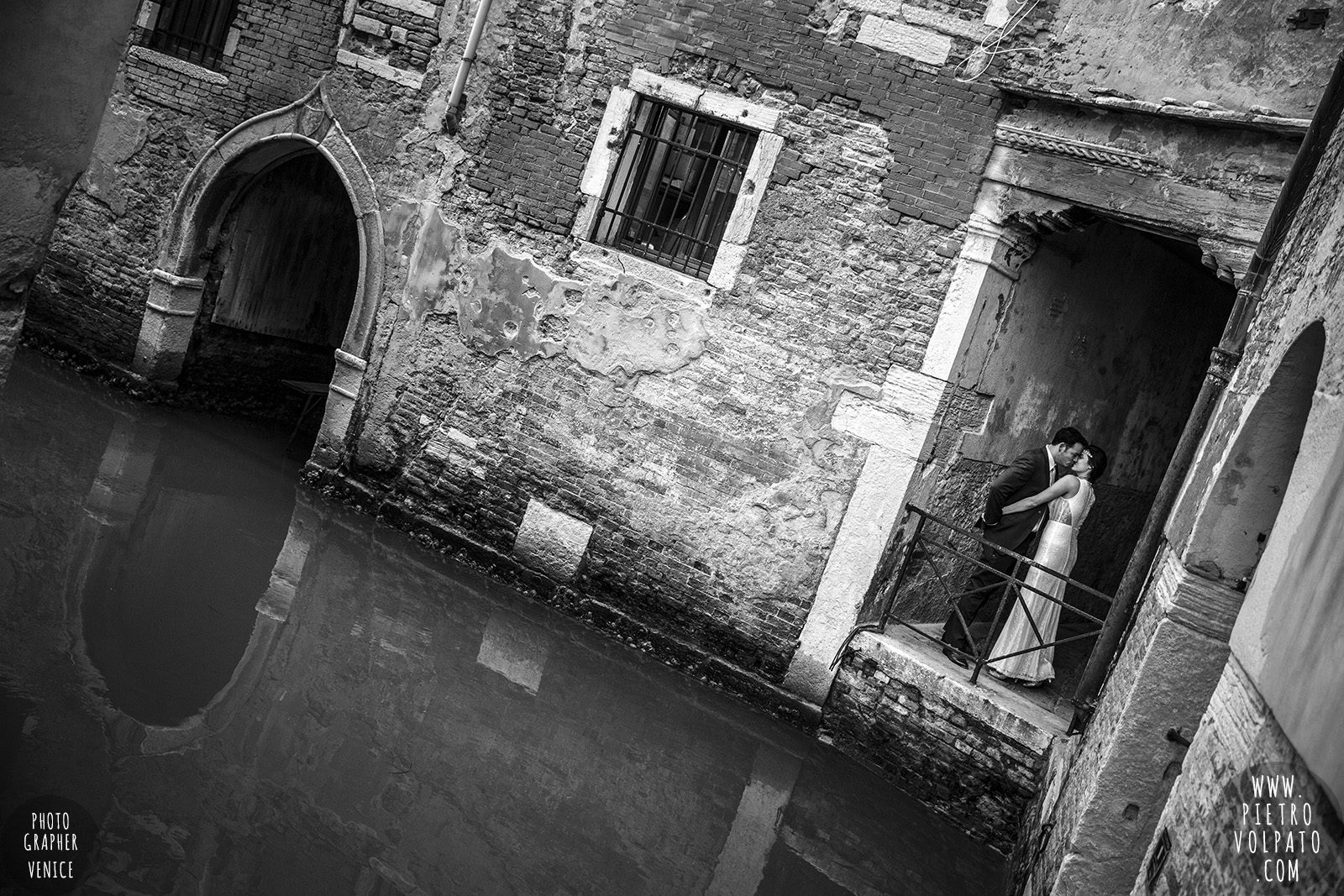 venice-wedding-photographer-honeymoon-photoshoot-for-couple-romantic-vacation-tour-20161114_05