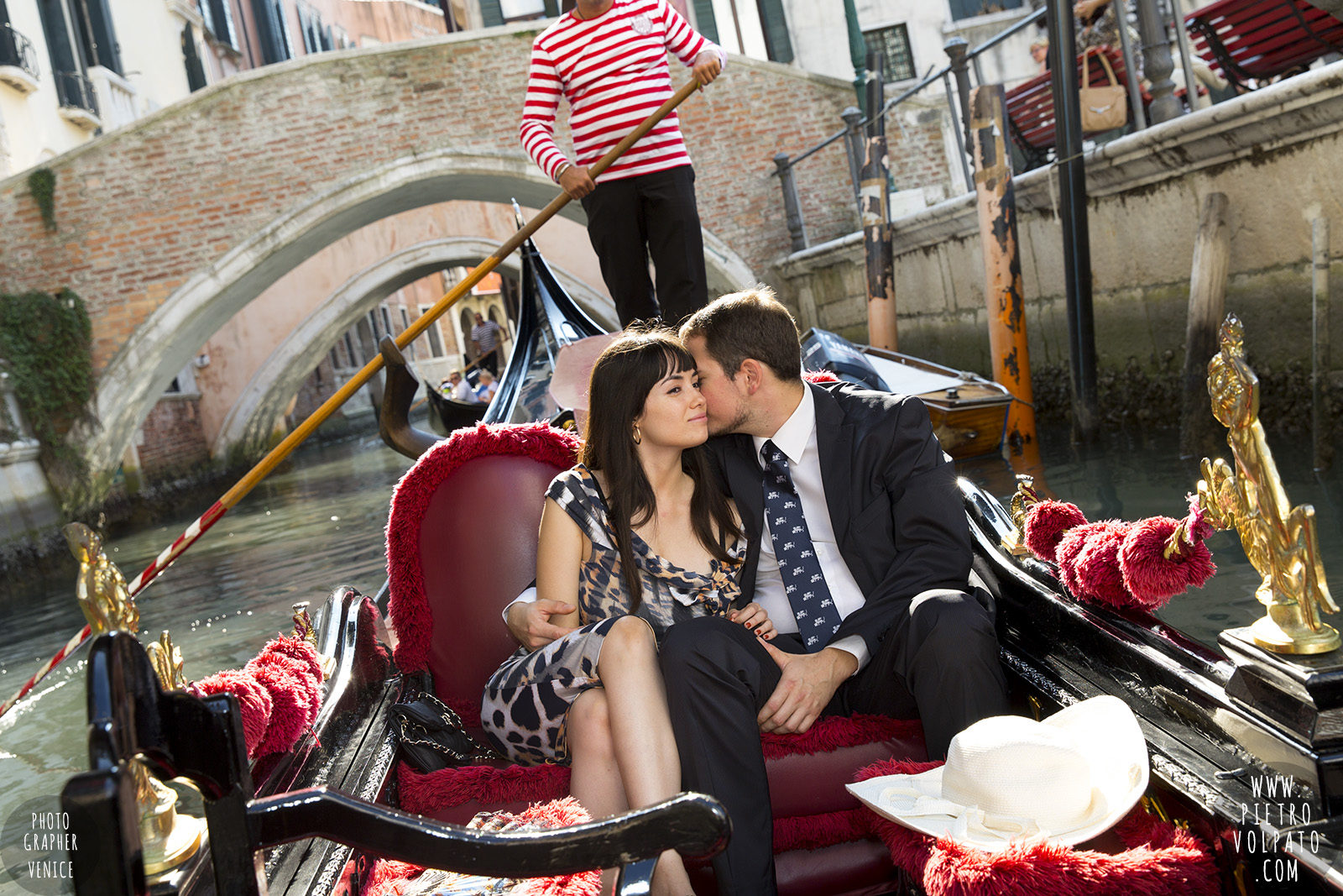 venice-honeymoon-photographer-romantic-photoshoot-and-tour-for-couples-vacation-20160927_01