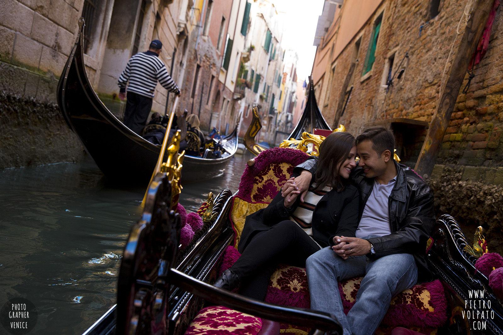photographer-venice-honeymoon-couple-romantic-vacation-pictures-20170309_03