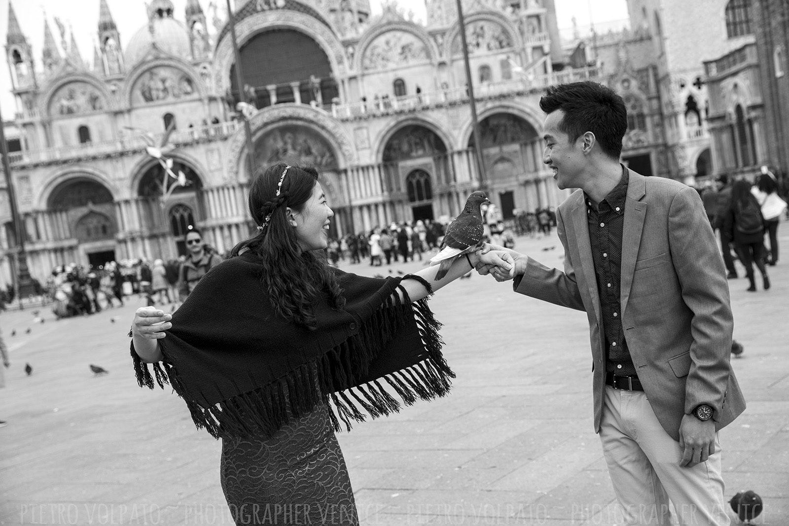 photographer-venice-romantic-couple-photo-session-tour-20170315_06