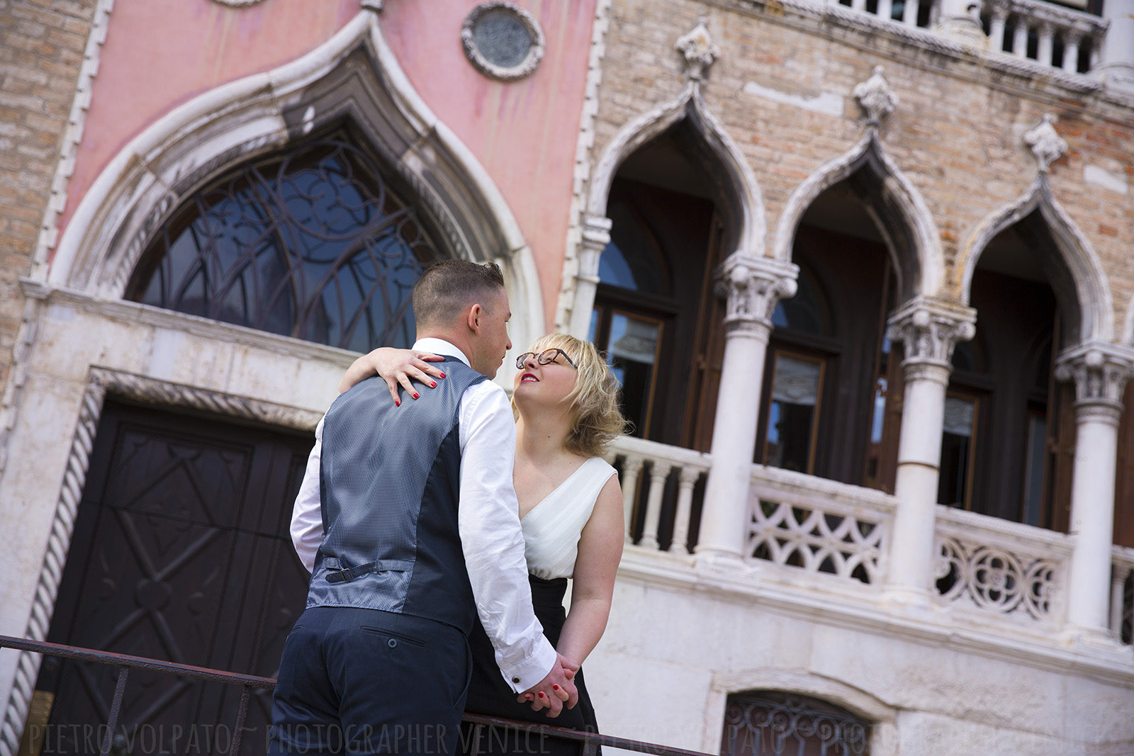 photographer_venice-photography-session-tour-for-couple-anniversary-vacation-20170419_01