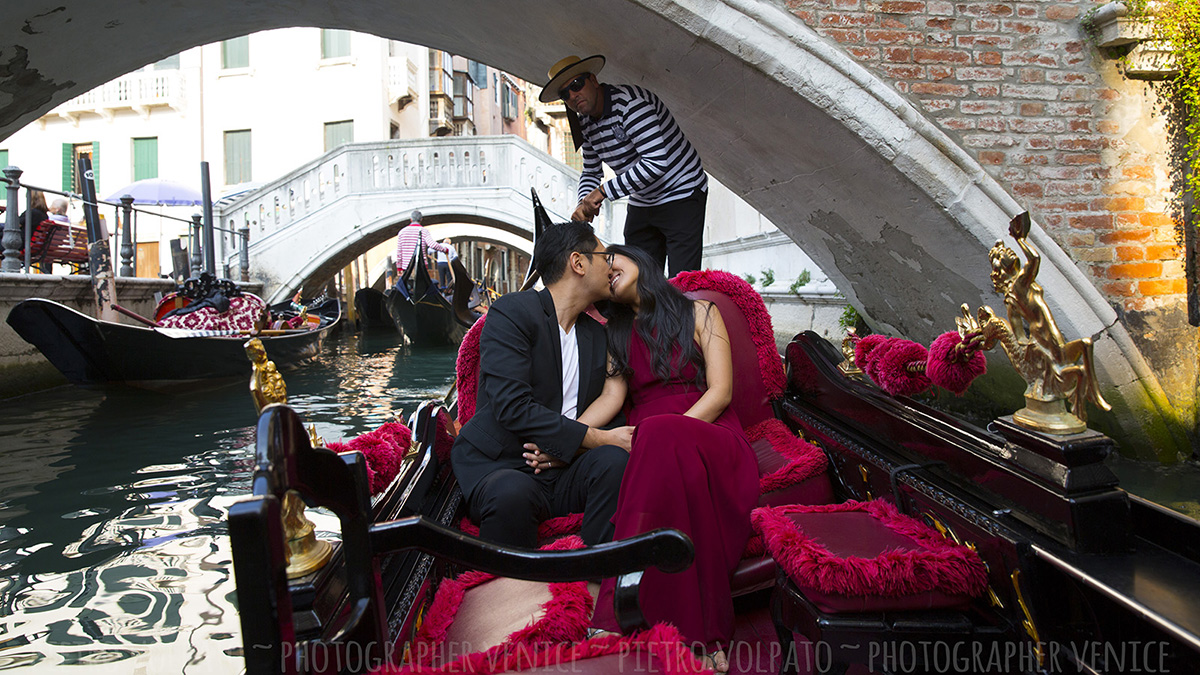 honeymoon photography session venice