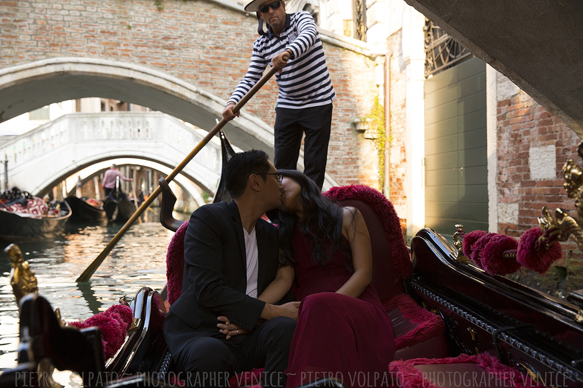 venice honeymoon photography session