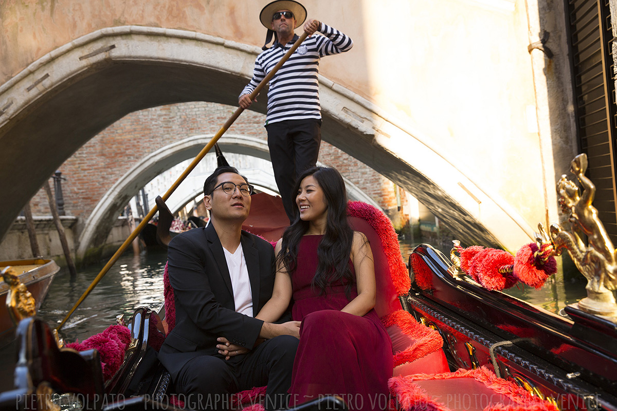 venice honeymoon photo shoot