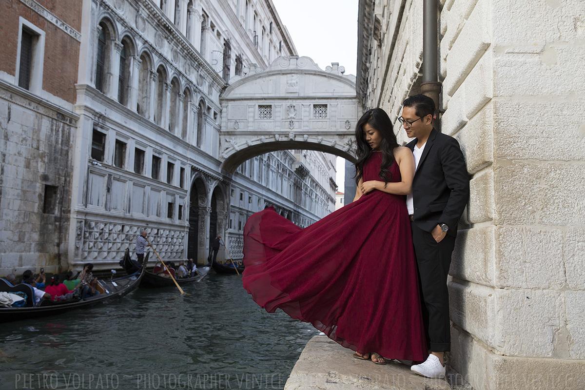 honeymoon photos venice