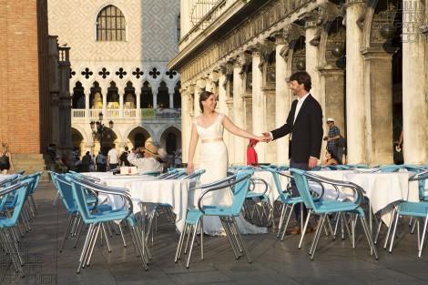 VENICE WEDDING HONEYMOON PHOTOGRAPHER