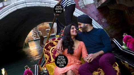 Photographer in Venice for Pre Wedding Photoshoot