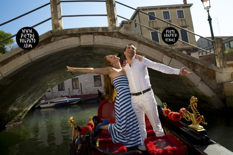 Photographer in Venice for Engagement Photo Shoot