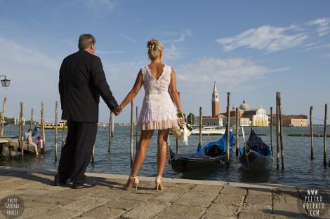 PHOTOGRAPHER IN VENICE WEDDING HONEYMOON PHOTOSHOOT TOUR