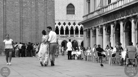 Photographer in Venice Italy for Honeymoon