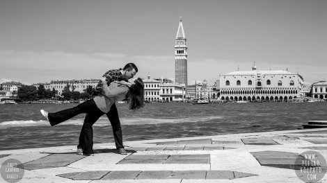 Venice Photographer for Love-Story and Fun Photoshoot