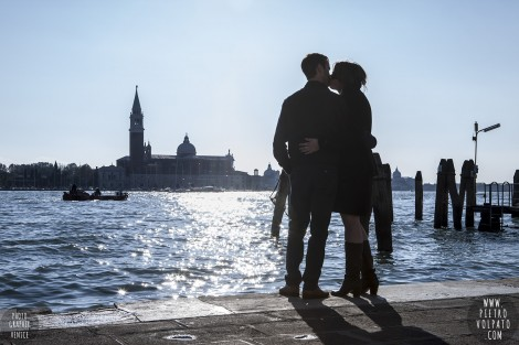 Venice Italy Love-Story Couple Anniversary Photo Shoot