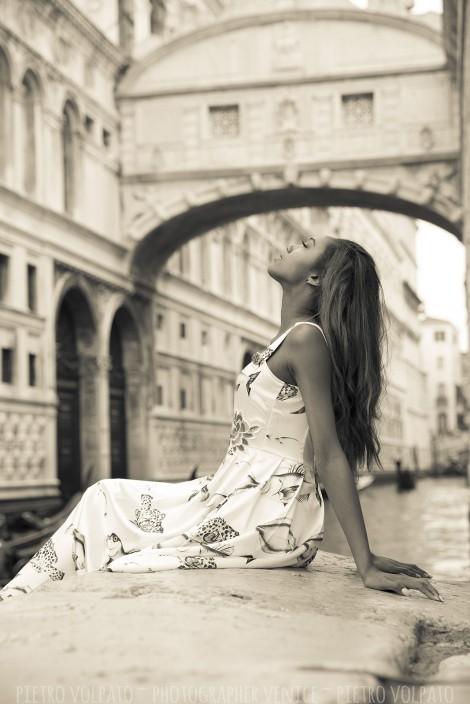 PORTRAIT PHOTOGRAPHER IN VENICE ITALY
